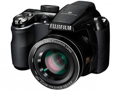 """Câmera Digital Fujifilm Finepix S3300 14MP LCD 3"""" - Zoom Óptico 26x Vídeos HD Entrada HDMI Cartão 4GB"""